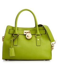Michael Kors handbag dint really care for the color but I like the style of this bag