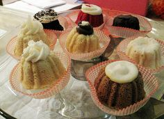KISS my BUNDT (West LA)  Gourmet Mini- Bundt Cakes = who'da THUNK?!