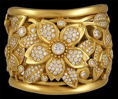 Diamonds and gold - Fashion Diva Design