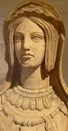 Terracotta statue of a young Etruscan woman, late 4th century-early  3rd century BCE