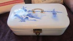 vintage french enamel canister enamelware graniteware bread box enamel ware, french enamelwar, vintag breadbox, enamel canist, bread boxes, breads, vintag enamelwar, enamelwar granitewar, canisters
