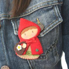 caperucita roja / red riding hood pin by La Casita Turquesa