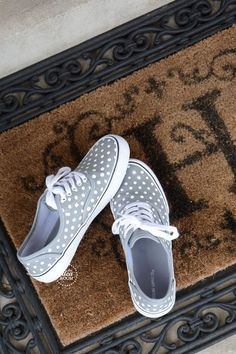 DIY polka-dot-shoes