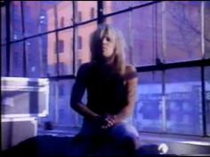 Motley Crue - Don't Go Away Mad (Just Go Away)