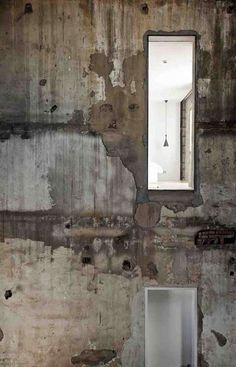 the weathered vs white. The Waterhouse at South Bund   by NHDRO