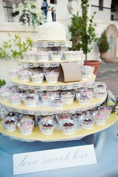Wedding CupCake - love it.