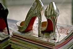 Cheap Christian Louboutin shoes on sale! Click: http://www.store.mynumber.org/christian-louboutin-c-243.html