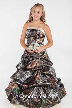Formal camo on pinterest mossy oak mossy oak wedding for Mossy oak camo wedding dress