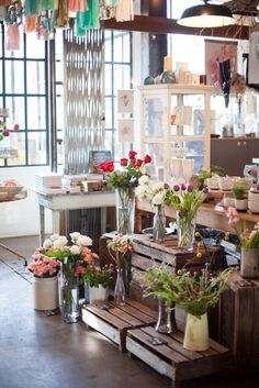 flowers + wooden crates = love