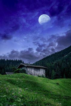 Mountain Cabin, Tyrol © petztabias #austria #tirol #mountaincabin #alps #visitaustria