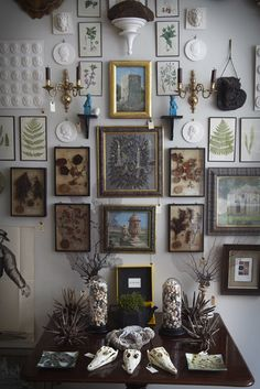Okay, I guess I'll have something to do with frames in my future home ;-)  - Love that !!!