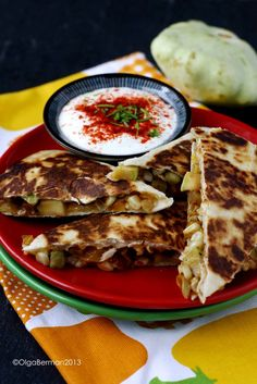 Who wants quesadillas?!?!??! These are fully vegetarian and have patty pan squash as the star of the show.