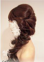 fancy side pony with hair accesory