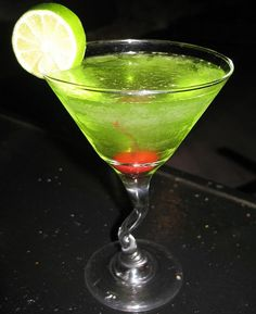 Appletini recipe: 1 1/2 oz Smirnoff® Green Apple Twist vodka 1 oz DeKuyper® Sour Apple Pucker schnapps Stir ingredients together with crushed ice in a cocktail/martini glass, and serve.