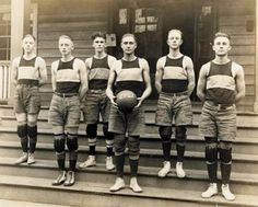 Olde basketball team