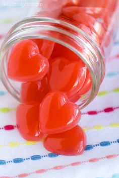 Healthy Berry Gummy Hearts by deliciousbydre #Valentines #Gummy_Hearts #Healthy