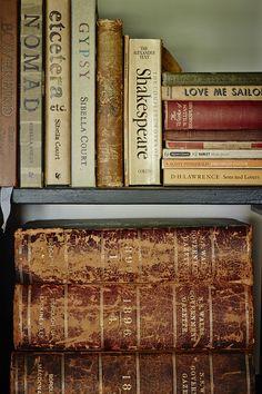 book nooks, ell magazin, old books