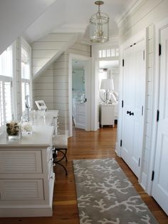 cottag, shabby chic style, rug, white walls, beach houses