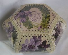 Vintage Style Crochet Edged Card Hanky Box
