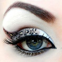 leopard halloween eye makeup