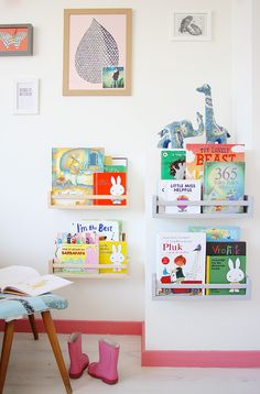 kid books, dutch famili, light live, book storage, kid rooms, reading nooks, pink, shelv, baseboards