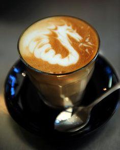WOW!!! Gryphons Caffe Bar Latte Art by barista Cas Schlitz