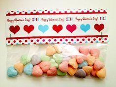 FREE printable treat bag toppers + DIY Tutorial  #valentinesday #valentinesdayprintables #freeprintables