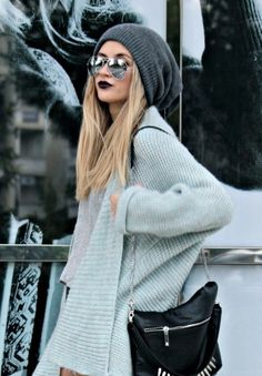 knits and dark lips