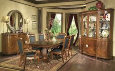 Collezione Europa Dining Room Set