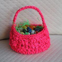 Free Crochet Easter Basket pattern on Craftsy.com