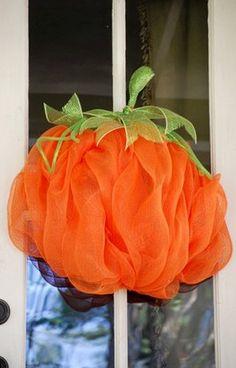 How to make a Pumpkin wreath