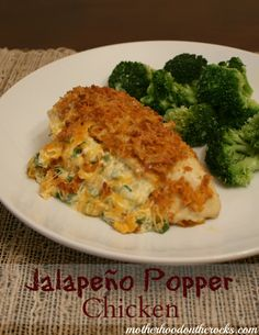 Jalapeño Popper Chicken #Recipe - Super easy, cheesy and delicious!  #FreshTake #cbias - Motherhood on the Rocks