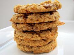 Butterfinger Cookies - peanut butter & butterfingers!