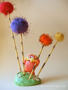 Swirly Designs by Lianne & Paul: Be Green and make your own LORAX!