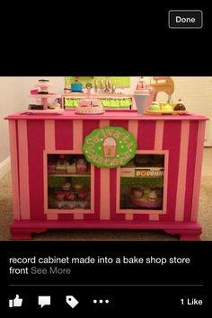 record cabinet, play bakeri, bakeri shop