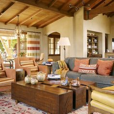 Love the coffee table cocktail!  Room Design, Pictures, Remodel, Decor and Ideas - page 5