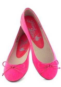 Bright Around the Corner Flat in Hot Pink, #ModCloth  There's only ONE pair of these left and they're MY SIZE!!!
