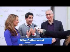ShoesTV crashes the red carpet at Bar Celona in downtown Pasadena for Hillsides Foster Soles Celebrity Shoe Auction hosted by Dr. Drew Pinsky. Check out the full video here: http://shoes.tv/dr-drews-hillsides-foster-soles-91051