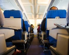 How to Stay Healthy on a Long-Distance Flight