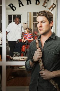 Norman Rockwell´s Shuffleton´s Barbershop with Danny Glover and Austin Stowell on Hallmark Movie Channel June 1