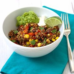 Southwest Quinoa Salad- a healthy vegetarian meal that you will be excited to dig in to!