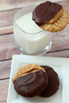 Peanut Butter Cookies slathered in creamy peanut butter then dipped in chocolate. Perfect!