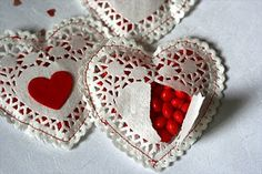 heart, valentine day, paper doilies, candi, favor, valentine ideas, homemade valentines, valentine gifts, shabby chic crafts