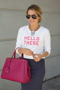 Hello there, gorgeous! Repin if you love wearing graphic sweaters this time of year.