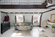 Välkommen till ett spektakulärt hem i Lorensberg