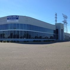 Attn: #automarketing #carpeople #dealership: This is a prime location for the right investor! I worked here back in the day and the location...