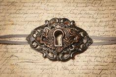 Keyhole choker in antique bronze & silver