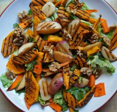 Grilled nectarine and pumpkin salad (vegan, grain-free)