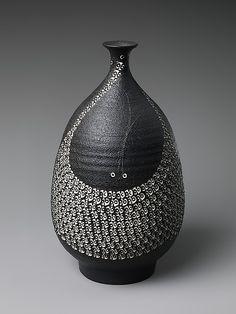 Vase by Kondō Yutaka  (Japanese, 1932–1983)