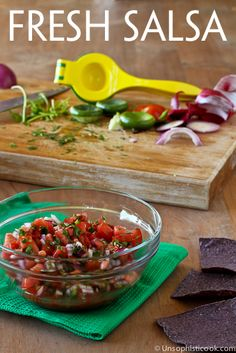 Fresh Tomato Salsa | Unsophisticook.com -- there's nothing like a good fresh tomato salsa with its bright flavors and a touch of heat!